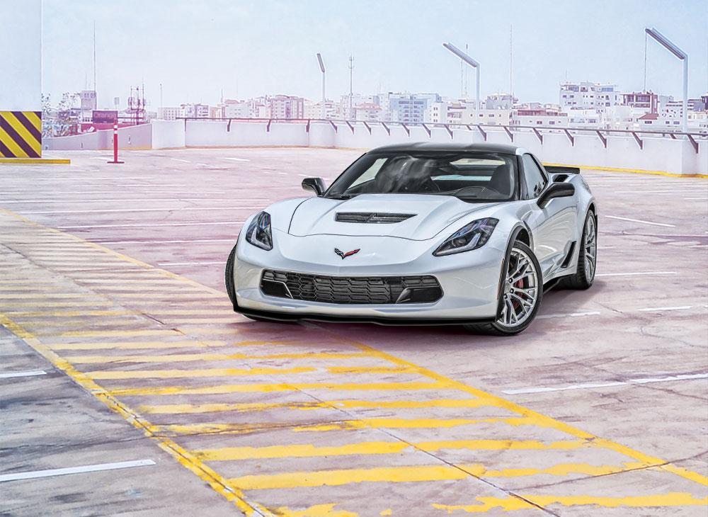 1. Corvette Z06 Un Campeon de Pistas Toma las Calles de Santo Domingo - MAKINAS