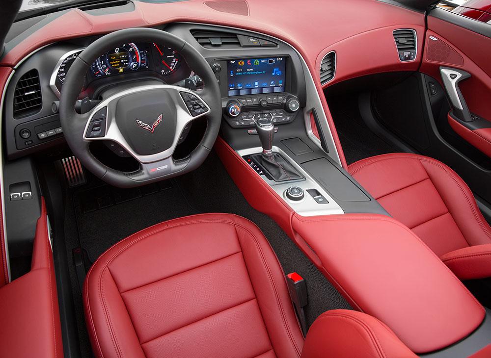 13. Corvette Z06 Un Campeon de Pistas Toma las Calles de Santo Domingo - MAKINAS