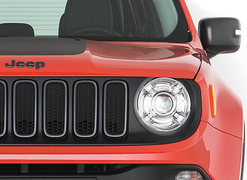 7.-Jeep-Renegade-Compacto-Poder-de-ReJeep-ventarse---MAKINAS