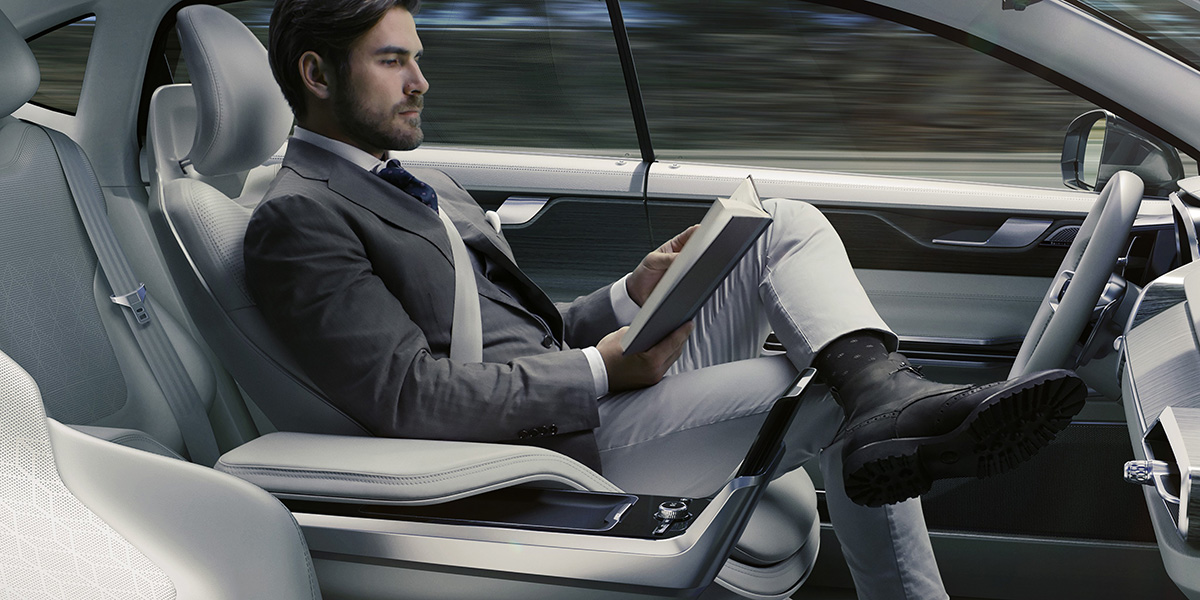 9. Volvo Esta Esculpiendo el Futuro con El Martillo de Thor - MAKINAS