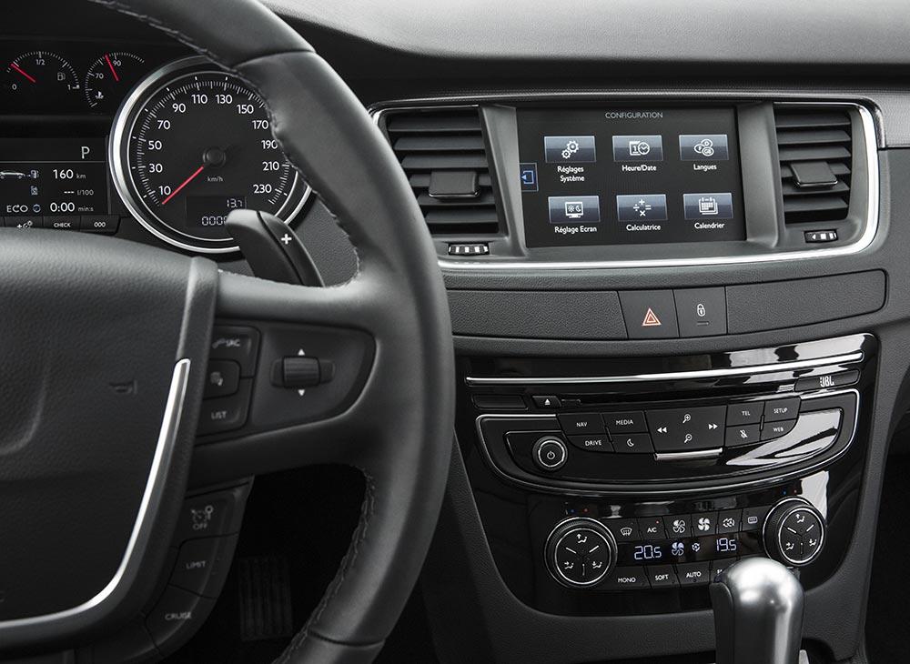 11. Peugeot 508 Ejecutivo Frances Pleno de Autoridad - MAKINAS