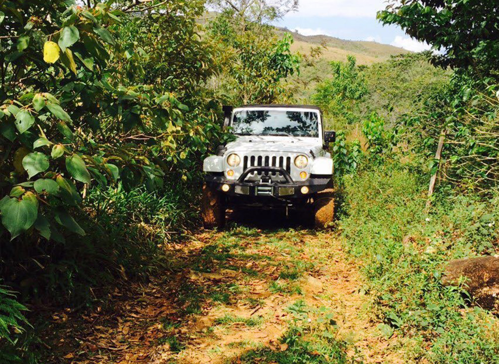 4. Conoce Tu Pais en Jeep - Juan Adrian - MAKINAS